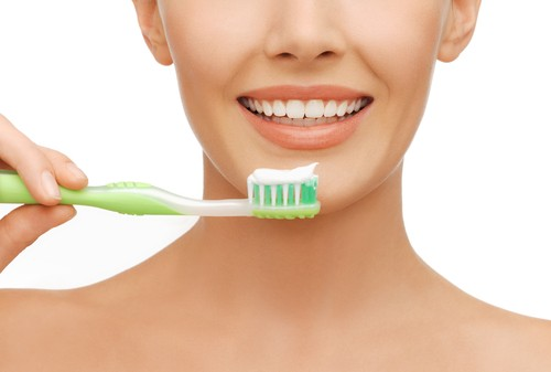 The White Teeth Diet: Nature's Mouthwash